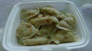 Verse Pierogi een soort pasteitjes met kaas, ui en aardappel