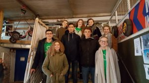 De jongeren van 2GetRone 2014/15 gingen naar de verkeerstuin met cliënten van het logeerhuis