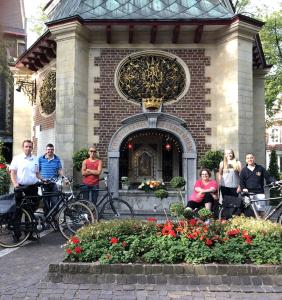 De fietsers en de bezemwagen groep van 2018
